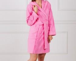 Халат женский с капюшоном розовый